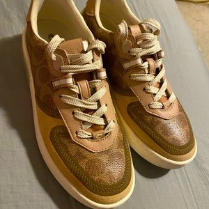 Coach shoes sneakers pre owned